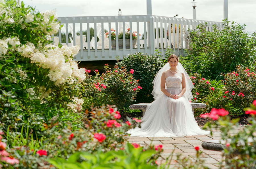 Bride, Wedding Ceremonies and Receptions at Casa Larga Vineyards